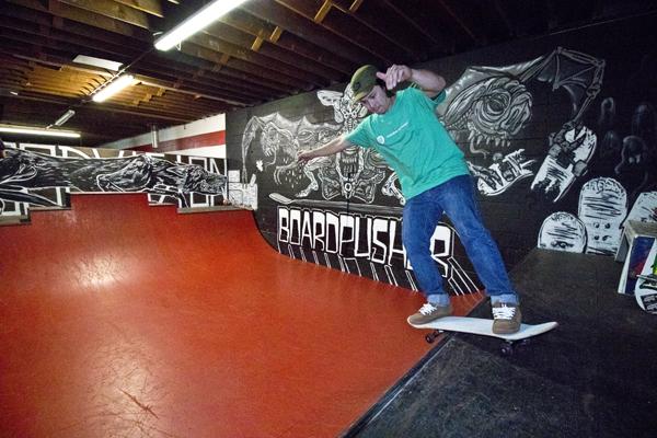 dave_boardslide_ramp